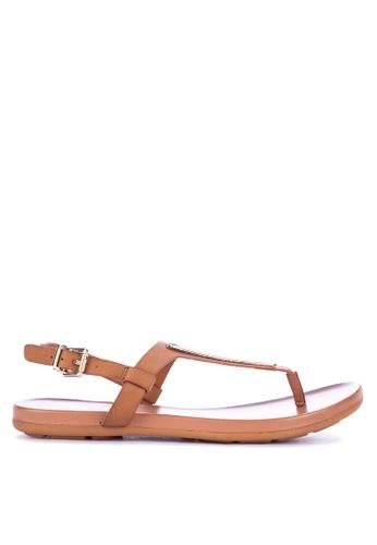 92d79cb4269 Shop CLN Constantina Flat Thong Sandals Online on ZALORA Philippines