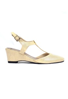 Angie Closed Wedge Sandals