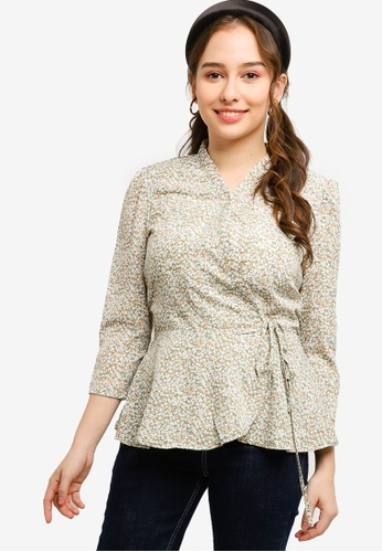 Lubna green Printed Wrap Top 258B1AA510D50EGS_1