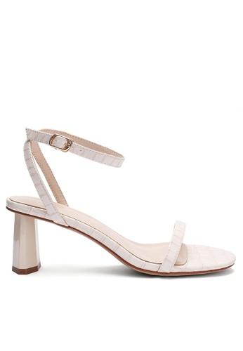 Twenty Eight Shoes Pattern Faux Leather Strap High Heel 369-1 E7ADASH55D1328GS_1