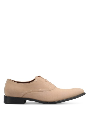 ZALORA beige Faux Suede Leather Oxford Shoes 23A68SHC074576GS_1
