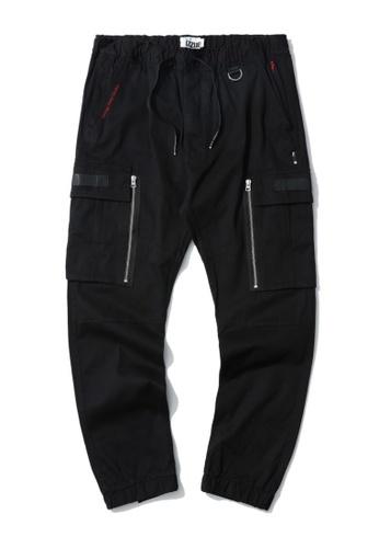 izzue black Cargo zip pocket joggers 47600AA0856076GS_1