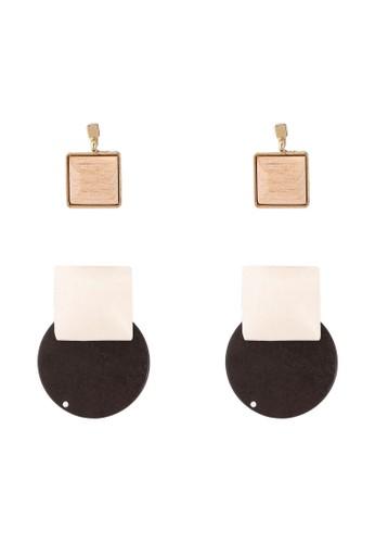 Red's Revenge brown 2-in-1 Minimalist Wood Earrings Set 2D49AAC15FC6C1GS_1