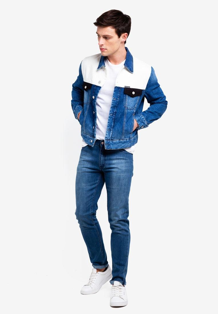 Classic Klein Jacket Jeans Keeling Calvin Klein Trucker Modern Patch Calvin dPxq0vdw