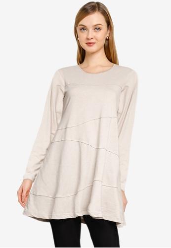 Aqeela Muslimah Wear grey Basic Top E3397AAC893046GS_1