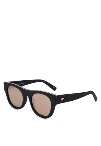 Le Specs black Arcadia 1702093 Sunglasses 781CDGLB41E0CFGS_1