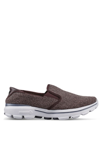 UniqTee brown Lightweight Slip-On Sport Sneakers DC8E5SHF3BEC9AGS_1