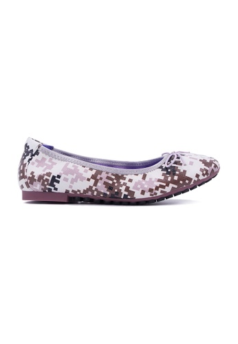 Flatss & Heelss by Rad Russel grey and white and brown Multi Colour Square Shape Prints Flats FL655SH0GQAGSG_1