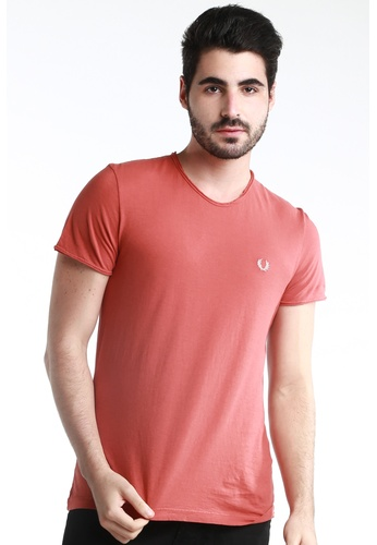 Fred Perry Green Label red Rose Red Round Neck with Light Brown Laurel FR595AA55GBGMY_1