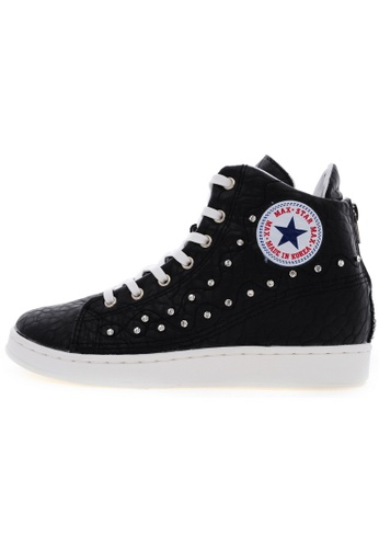 Maxstar Maxstar O2H Synthetic Leather Taller Insole Studed White Platform Sneakers US Women Size MA168SH61USKHK_1