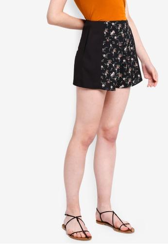 Something Borrowed black Printed Shorts 978D7AA6AE726FGS_1
