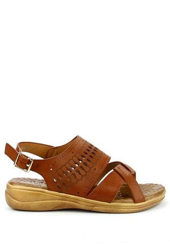 Cardam's Lifestyle brown Odeya Sling Sandal CA993SH93AOSPH_1