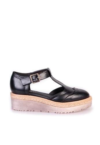 Sunnydaysweety black 2017 Vintage Carved Buckle Platform Shoes C033099BK SU443SH87GTCHK_1