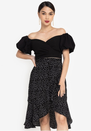 ZALORA OCCASION black Textured Puff Sleeve Cold-shoulder Top FEEABAA1B138BAGS_1