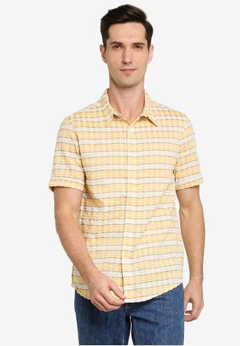 ZALORA BASICS yellow Checkered Short Sleeve Collar Shirt 07FCDAA6C29C8AGS_1