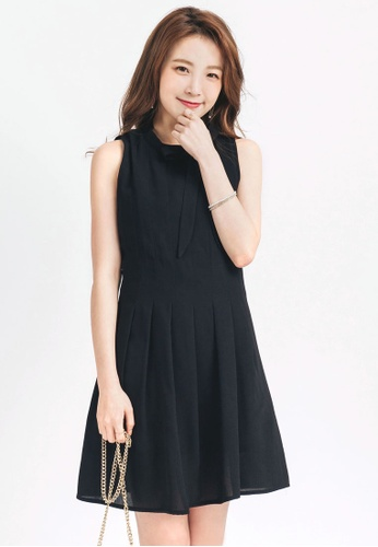 Yoco black Pleated Dress with Neck Tie 646E5AA6D8F635GS_1