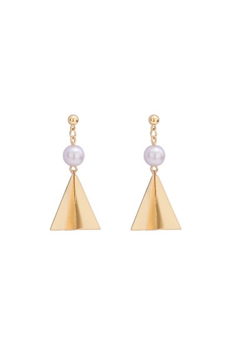 A-Excellence gold Faux Pearl in Triangle Golden Texture Earrings 3EA92ACCC96B75GS_1