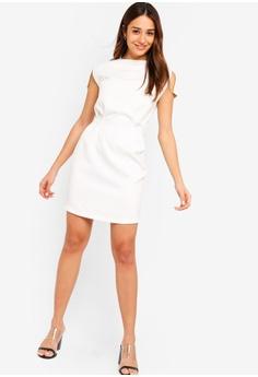 32cf9d174654c 15% OFF ZALORA Split Cap Sleeves Dress RM 109.00 NOW RM 92.90 Sizes XS S M  L XL