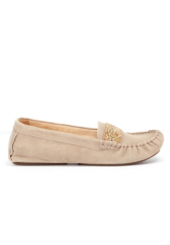 Shu Talk beige Comfy Lightness Beads Suede Loafer Shoes C00C1SH5F20B84GS_1