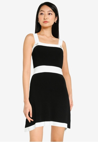 Urban Revivo black Trendy Pinny Dress CBC27AAE86A8BEGS_1