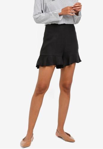ZALORA BASICS black Basic Ruffles Shorts 9E0A9AA588B9EEGS_1