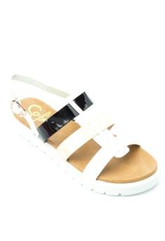 Lizzie Flats Sandals