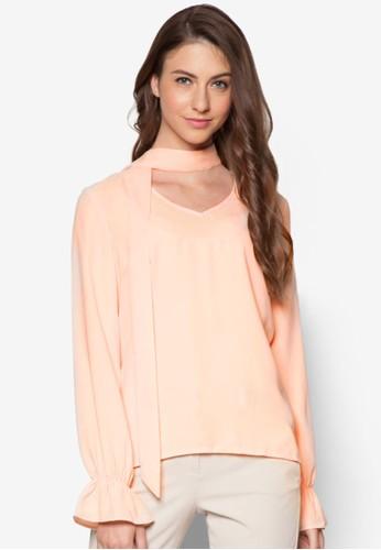 假圍巾長袖T-shirt、 服飾、 上衣Zalia假圍巾長袖上衣最新折價