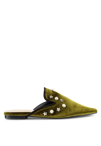 Berrybenka 綠色 綢緞點綴穆勒鞋 67821SH613F461GS_1