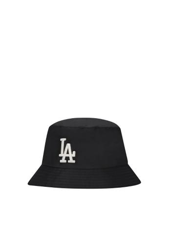 MLB black MONOGRAM REVERSIBLE BUCKET HAT LA DODGERS BLACK C4B86AC02036C6GS_1