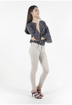 19eb9354be7c40 nicole Nicole Cotton Twill Skinny Pant RM 59.00. Available in several sizes