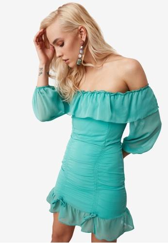 Trendyol green Off Shoulder Ruched Dress 22D89AABBFC1DBGS_1