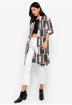 39% OFF ZALORA Longline Kimono HK  249.00 NOW HK  151.90 Sizes XS S M L XL 0339268e8