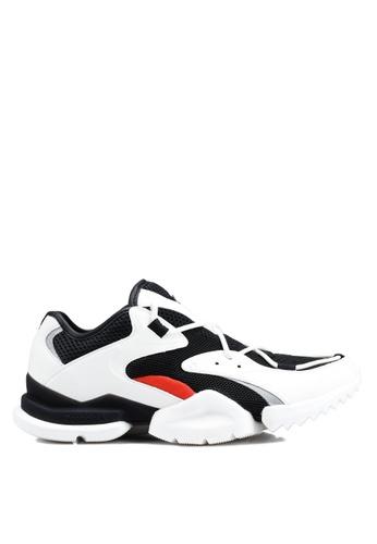 d14f9abce6b Buy Reebok Run R 96 Shoes