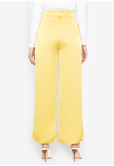 fc0149d55ad7 Wide Legged Pants Available at ZALORA Philippines