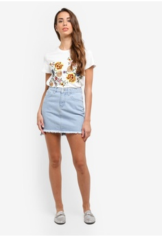 28% OFF ZALORA Mini Skirt With Slits RM 109.00 NOW RM 79.00 Sizes XS S M L