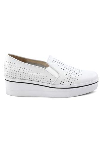 Shu Talk white Simple White Platform Sneakers SH397SH0GFJ5SG_1