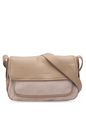 Keddo beige Sophia Sling Bag 6C124AC6982EB8GS_1