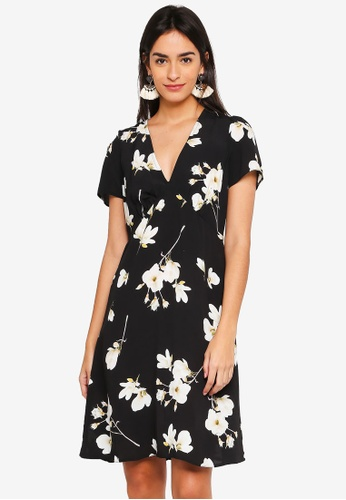 8bbd0d45dc6e Buy Dorothy Perkins Black Floral Tea Dress Online on ZALORA Singapore