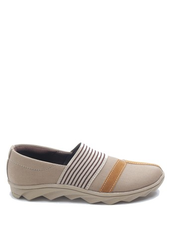 Dr. Kevin beige and brown Dr. Kevin Women Flat Shoes Slip On 43206 -