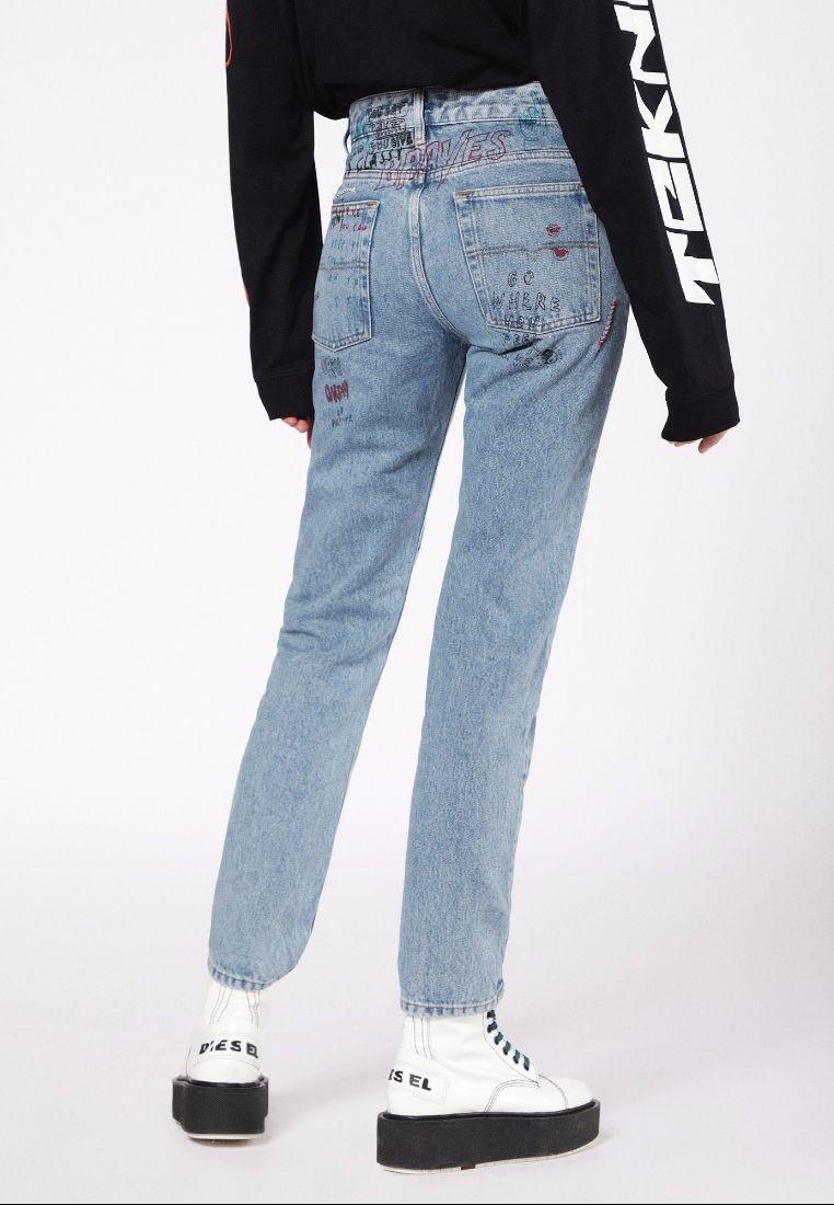 Den Diesel Neekhol Straight Regular Jeans Light Denim aqgOB