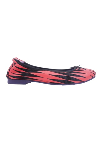 Flatss & Heelss by Rad Russel red Zigzag Striped Flats - Red 3E00CSHB4BD865GS_1