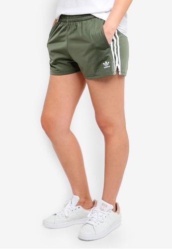 adidas green adidas originals 3 stripes short 82BDBAA0C38096GS_1