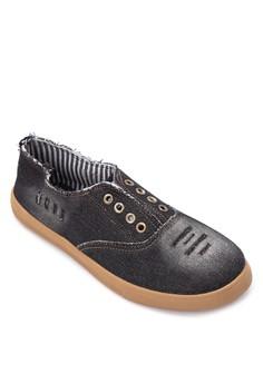 Winnie Sneakers
