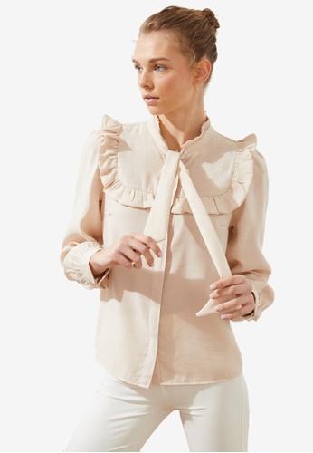 Trendyol beige Frilly Tie Neck Detail Blouse 8B470AA546E436GS_1