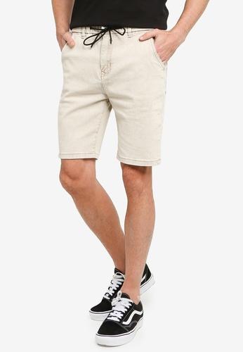 UniqTee 灰色 彈性腰圍丹寧短褲 5A6E3AADBEA6E9GS_1