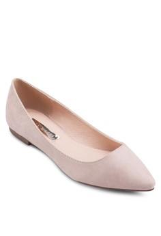 Vania Flats