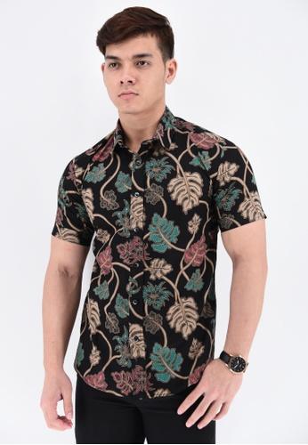 UA BOUTIQUE black Short Sleeve Shirt Batik RBS02-013 (Black/ Green) FB903AA19F0AF7GS_1
