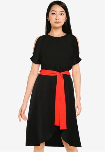 ZALORA BASICS black Cold Shoulder Overlap Dress 76497AA7EB347BGS_1