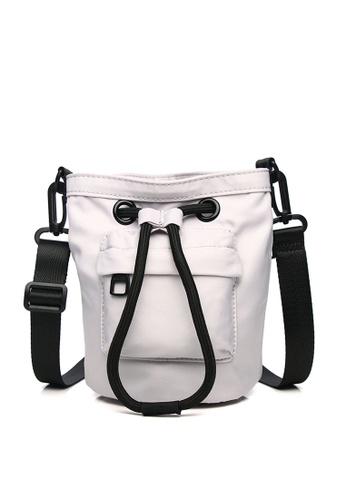 Milliot & Co. white Riva Sling Bag 88DFEACEA7AAEFGS_1
