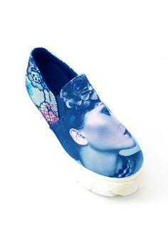 Slip On Canvas Printed Platform Sneaker